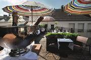 Louis Hotel: Eröffnung der Emiko Dachterasse im Louis Hotel- München - Goldstück Rooftop Bar, Munich, Restaurant Bar, Terrace, Restaurants, To Go, Patio, Vacation, Viajes