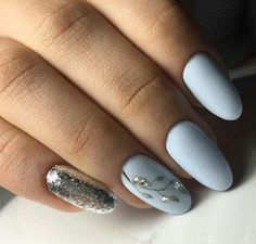 We all want beautiful but trendy nails, right? Here's a look at some beautiful nude nail art. Crazy Nails, Fancy Nails, Stylish Nails, Trendy Nails, Nagellack Trends, Oval Nails, Beautiful Nail Designs, Gorgeous Nails, Blue Nails