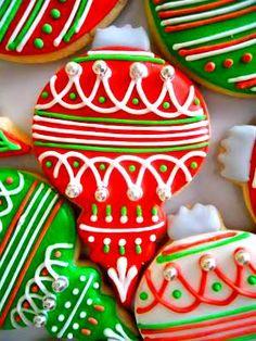 Christmas cookies Decorated ornaments ToniKami ℬe Meℜℜy ohsugareventplanning.blogspot.com