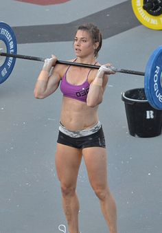Everyone needs to have someone who inspires them right?? Well this beautiful woman, Julie Foucher, is the one for me!!