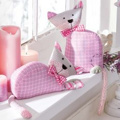 DIY Adorable pink cats