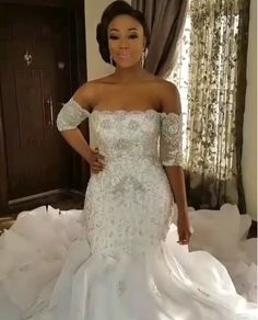 If you are shopping for unique plus size wedding dresses for the curvy bride here are some options for you to consider. Mermaid Dresses, Bridal Dresses, Wedding Attire, Wedding Gowns, Wedding Venues, Wedding Bells, Nigerian Wedding Dress, Nigerian Dress, Curvy Bride
