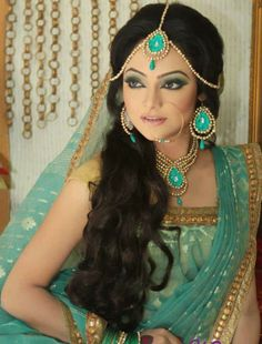 Fashion Central is an Indian fashion & lifestyle magazine. Brings news from Bollywood and Indian fashion & film industry for viewers. Asian Bridal, South Asian Wedding, India Fashion, Asian Fashion, Indian Dresses, Indian Outfits, Pierre Turquoise, Green Turquoise, Aqua