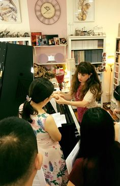 Working with a group of teachers at The Musique Loft Studio in Singapore (August 2017). #Playitagain #Booktour #Schott