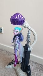 Click to view Astranova Monster High, Album