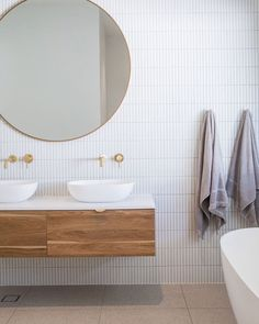 Home Remodel Open Concept .Home Remodel Open Concept Family Bathroom, Modern Bathroom, Small Bathroom, Round Bathroom Mirror, Light Grey Bathrooms, Bathroom Showers, Bathroom Interior Design, Home Interior, Interior Office