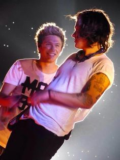 you can literally feel the love in Nialls eyes