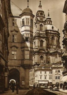 Prague thru time. Old Pictures, Old Photos, Prague Cz, Heart Of Europe, Baroque Architecture, Old Photography, Austro Hungarian, World Cities, Medieval Town
