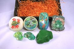 Frog Lovers Soap Gift Pack 3 Bars Handcrafted Cold Process Soap Choose Naked or Painted Berry Baskets, Gift Baskets, Save Yourself, Berries, Packing, Hand Painted, Soaps, Gifts, Lovers