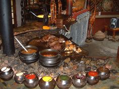 Culture of South Africa - encyclopedia article about Culture of South Africa. =>An array of traditional South African cuisine West African Food, South African Recipes, Ethnic Recipes, Guisado, Etiquette And Manners, African Culture, Traditional Wedding, Traditional Outfits, Food Preparation