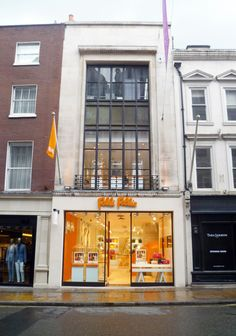 Folli Follie Flagship Store at New Bond Street makeover!