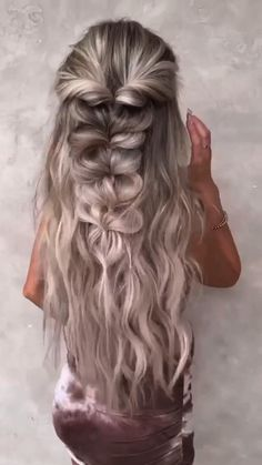 Up Hairstyles, Pretty Hairstyles, Braided Hairstyles, Wedding Hairstyles, Medium Hair Styles, Curly Hair Styles, Hairdo For Long Hair, Hair Upstyles, Hair Videos