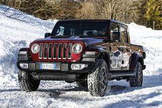 Das neue Modell markiert die Rückkehr der Marke in das Pickup-Segment und kommt zu den Feierlichkeiten des 80-jährigen Jubiläums von Jeep® zu den europäischen Händlern. Jeep Gladiator, Jeep Jl, Jeep Wranglers, Gladiators, Celebrations, Scale Model, Jeep Wrangler