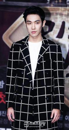 Lee Joon you are sooooo handsume