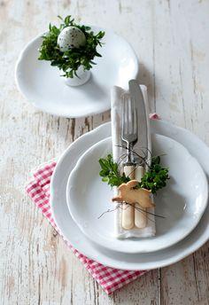 Detalhes amorosos para decorar uma mesa minimalista para a Páscoa | Eu Decoro