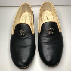 041169068a7 Shop Women s CHANEL Black Tan size 8 Flats   Loafers at a discounted price  at Poshmark. Description  Gently used Chanel loafers