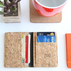 Bi-fold Slim Card Wallet