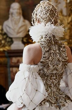 Alexander McQueen-one day i want to make something almost as great.