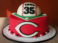 Cincinnati Reds cake | Baseball party