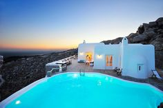 Book Now a luxury #Villa in Mykonos & enjoy a Unique #Holiday Experience !!! Cheers from Cheers from #Bluecollection #Mykonos #Greece  Read More ➲ http://goo.gl/tBNLTA