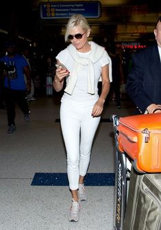 Yolanda Foster - I love her west coast casual (kind of preppy + kind of glam) vibe. She always looks very put together but not overdone.
