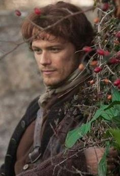jamie fraser scene where claire finds lily of the valley Outlander Knitting, Diana Gabaldon Outlander Series, Outlander Book Series, Outlander Casting, Outlander 2016, Jaime Fraser, Sam Heughan Outlander, Lily Of The Valley, Wayfarer