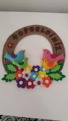 welcome door ornament Bird Crafts, Foam Crafts, Flower Crafts, Preschool Crafts, Easter Crafts, Diy And Crafts, Crafts For Kids, Arts And Crafts, School Board Decoration