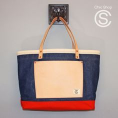 Leather Craft, Leather Bag, Chic Shop, Best Bags, American Pride, Nautical Theme, Gym Bag, Good Things, Tote Bag
