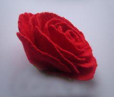 Felt brooch-Felt flower brooch-Felt rose-Rose brooch-Flower brooch-Felt flower pin-red rose pin-Red jewelry
