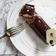There's some solid cheesecake in downtown Seattle - if you know where to go! Seattle Food, Downtown Seattle, Trips, Cheesecake, Desserts, Traveling, Cheesecake Cake, Tailgate Desserts, Viajes