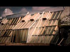 Architekt odpadu Garbage Warrior CZ dabing 2007 dokument avi - YouTube