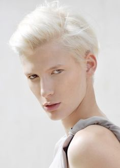 Sarah Whale | 8 Stunningly Beautiful Androgynous Models