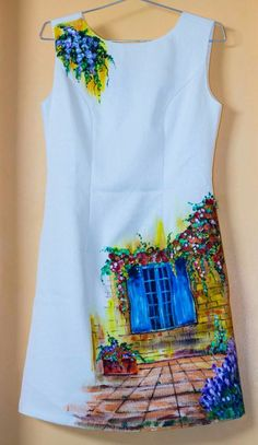 35 Women Shirts To Look Cool And Fashionable - Global Outfit Experts Saree Painting, Dress Painting, T Shirt Painting, Fabric Painting, Fabric Art, Fabric Paint Shirt, Paint Shirts, Hand Painted Dress, Hand Painted Fabric