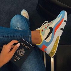 Cute Sneakers, Sneakers Mode, Sneakers Fashion, Fashion Shoes, Tenis Nike Air Max, Nike Air Shoes, Nike Socks, Adidas Shoes, Buy Sneakers Online