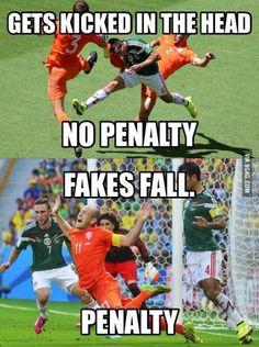 14 Damn you, Robben!Damn you, Robben! Funny Football Memes, Soccer Jokes, Funny Sports Memes, Funny Video Memes, Crazy Funny Memes, Really Funny Memes, Funny Relatable Memes, Soccer Stuff, Soccer Gifs