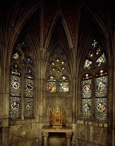 Gothic Chapel Reconstructed at the Detroit Institute of Arts