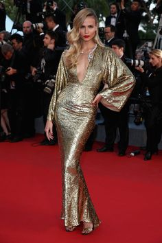 Natasha Poly in Michael Kors beim Filmfest in Cannes