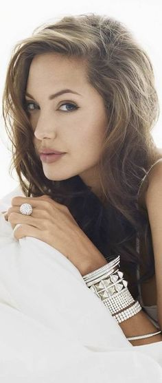 Born Angelina Jolie Voight; June 4, 1975, an American actress and film director. Jolie promotes humanitarian causes, and is noted for her work with refugees as a Special Envoy and former Goodwill Ambassador for the United Nations High Commissioner for Refugees (UNHCR). #diamonds #luxury #jewellery #jewelry