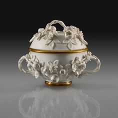Small Two-Handled Bowl With Cover, Meissen porcelain, 1735 or 1738. Modeled by Johann Joachim Kändler and/or Johann Friedrich Eberlin. The Arnhold Collection. Photo: Courtesy of The Frick Collection / Maggie Nimkin.