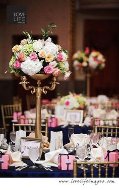 A wedding at the Mayflower in DC (florist: The Mayflower, Photographer: Love Life Images)