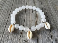 Half edelsteen armband Witte armband Stretch door KennlyDesign