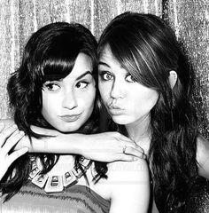 Demi Lovato & Miley Cyrus