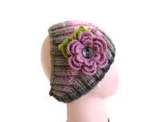 Knit Headband.  A perfect gift for that special person in your life.  cozy and will keep you warm!  Fits comfortably around the average womans head.