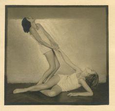 un regard oblique Straight Photography, Art Photography, Josef Sudek, 1920s, Art Pieces, Tumblr, Statue, Portrait, Dancers