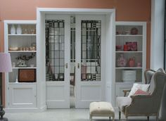 Natuurlijk heeft iedereen ze wel eens gezien, en suite deuren. En toch blijft het iets bijzonders, mooie deuren van hout..