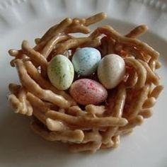 Crunchy Chinese noodles and melted marshmallows make the cutest little nests for your jelly beans. Great as place markers at Easter dinner.