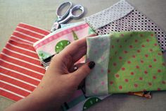 Make your own fabric snack bags!  I can't wait to do this!  I hate wasting (and buying) all those plastic sandwich bags!