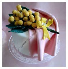 Il Cake Topper Mimosa per la Festa delle Donne