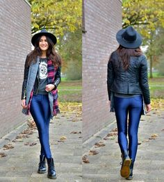 Martens Docs, American Apparel Disco Pants, New Look Scarf Vinyl Leggings, Lycra Leggings, Spandex Pants, Queer Fashion, Fashion Outfits, Womens Fashion, Disco Pants Outfit, Disco Outfits, Dr. Martens