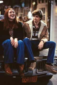 Donna & Eric / Laura Prepon & Topher Grace - That Show Eric That 70s Show, Thats 70 Show, Gilmore Girls, Movies Showing, Movies And Tv Shows, Steven Hyde, Donna And Eric, Eric Forman, Donna Pinciotti